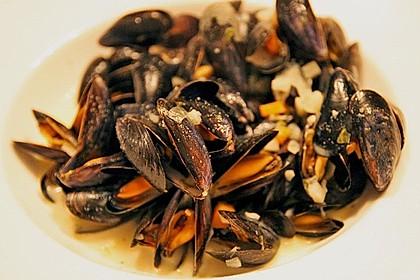 Muscheln in Weißwein 7