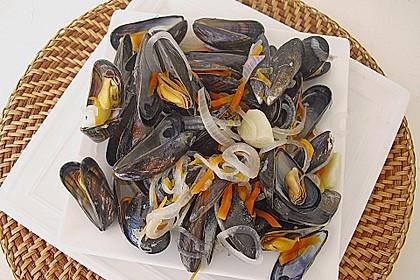 Muscheln in Weißwein 11