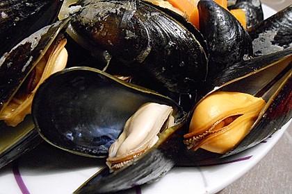 Muscheln in Weißwein 21