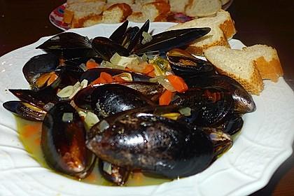 Muscheln in Weißwein 0