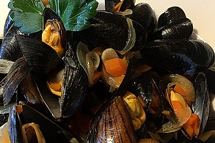 Muscheln in Weißwein 13