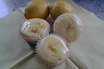 Zitronen - Sour - Cream - Muffins 3