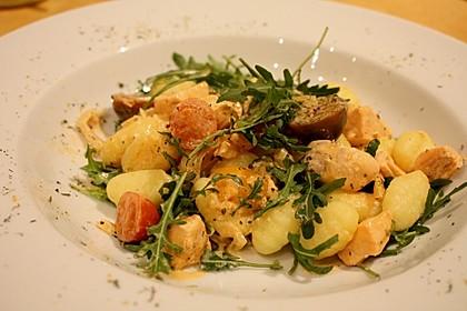 Gnocchi mit Lachs und Rucola 3