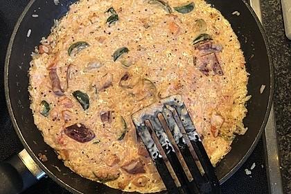 Bunte mediterrane Gemüsepfanne mit Reis 23