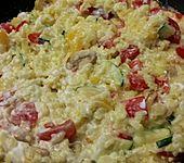 Bunte mediterrane Gemüsepfanne mit Reis