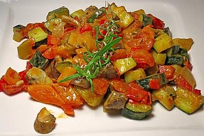 Bunte mediterrane Gemüsepfanne mit Reis 3