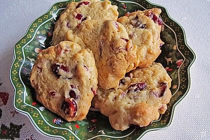 Macadamia - Cranberry Cookies