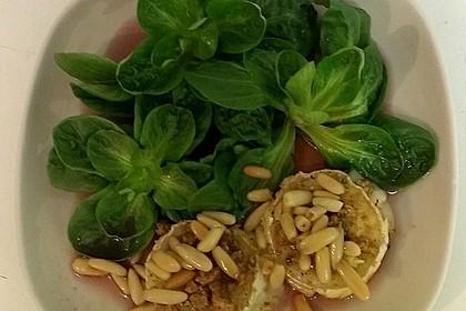Lauwarm gratinierter Ziegenkäse mit Knoblauch an Rosmarin - Honig Sirup 11