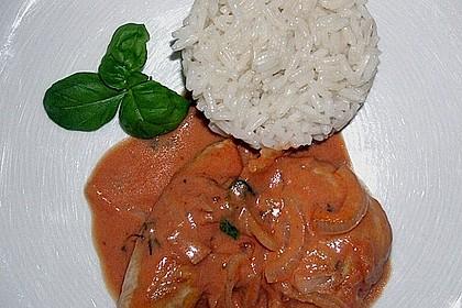 Putenschnitzel Italia mit klassischem Tomaten - Mozzarella - Salat
