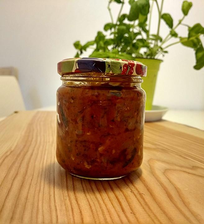 w rzige tomatensauce ohne salz zucker fett rezept mit bild. Black Bedroom Furniture Sets. Home Design Ideas