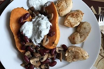 Gebackene Süßkartoffeln gefüllt mit Pilzen 9