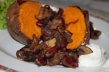 Gebackene Süßkartoffeln gefüllt mit Pilzen 7