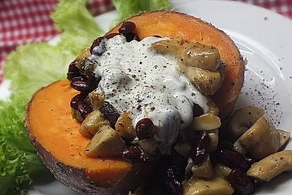 Gebackene Süßkartoffeln gefüllt mit Pilzen 10
