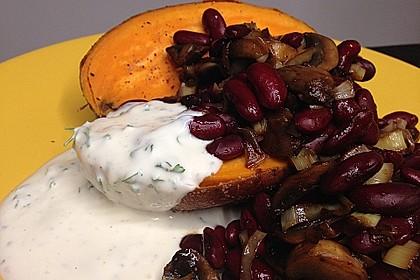 Gebackene Süßkartoffeln gefüllt mit Pilzen 23