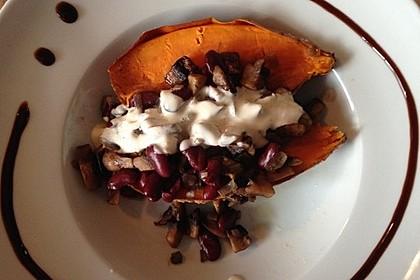Gebackene Süßkartoffeln gefüllt mit Pilzen 44
