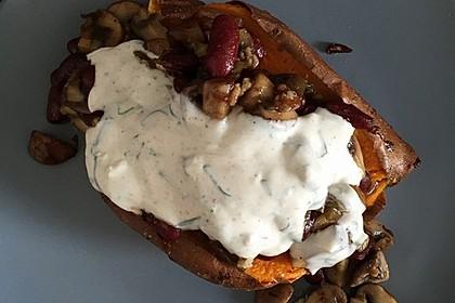 Gebackene Süßkartoffeln gefüllt mit Pilzen 37