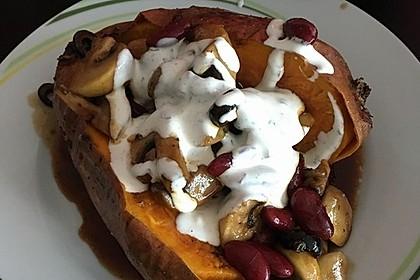 Gebackene Süßkartoffeln gefüllt mit Pilzen 42