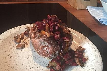 Gebackene Süßkartoffeln gefüllt mit Pilzen 86