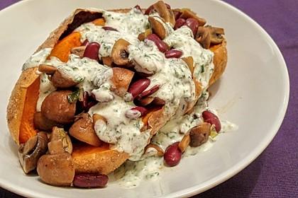 Gebackene Süßkartoffeln gefüllt mit Pilzen 43