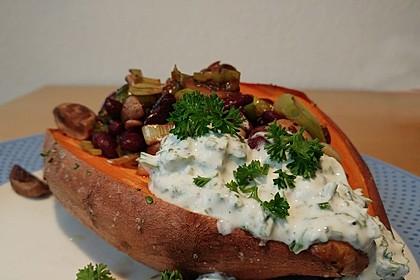 Gebackene Süßkartoffeln gefüllt mit Pilzen 20