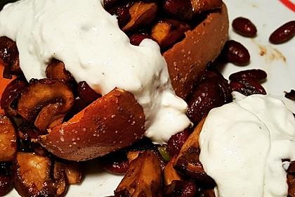 Gebackene Süßkartoffeln gefüllt mit Pilzen 66