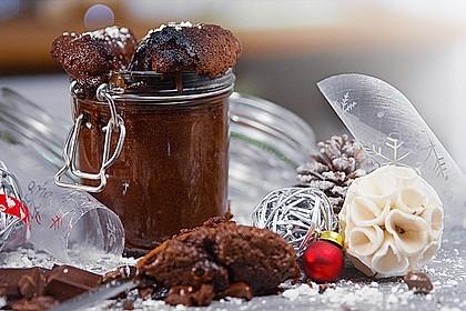 Saftiger Schokoladenkuchen im Glas