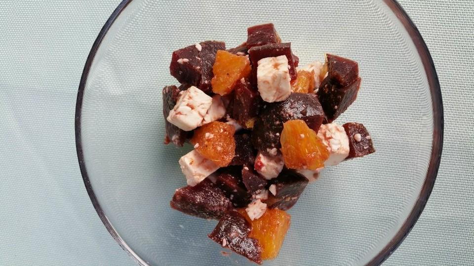 rote bete salat mit orangen und feta von dodith. Black Bedroom Furniture Sets. Home Design Ideas