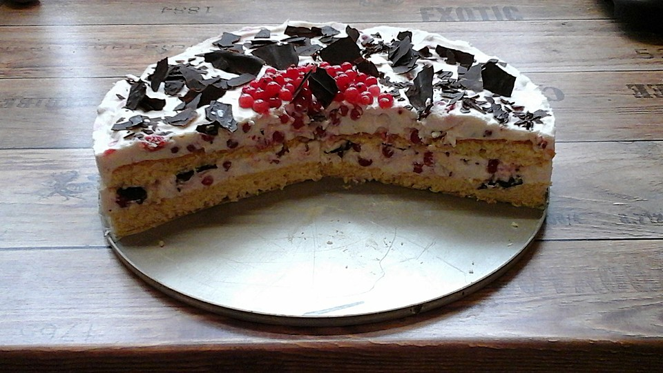 johannisbeer joghurt torte mit dinkelbiskuit rezept mit bild. Black Bedroom Furniture Sets. Home Design Ideas