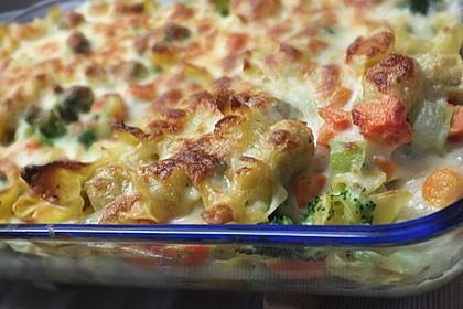 Tortellini-Auflauf mit Käse-Sahne-Soße