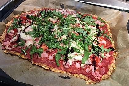 Pizza ohne Mehl mit Thunfisch und Mozzarella 5