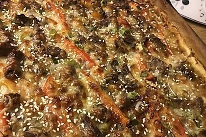 Asiatische Rindfleisch-Pizza 3