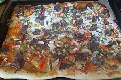 Asiatische Rindfleisch-Pizza 5