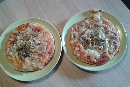 Pizzateig - schnell, einfach & lecker 5