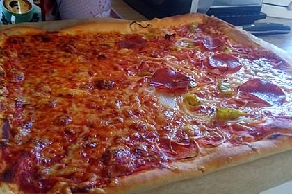 Pizzateig - schnell, einfach & lecker 9