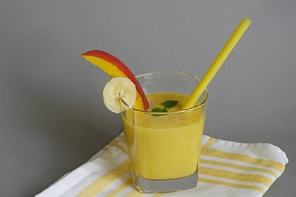 Gelber Smoothie Kurkuma-Mango 2