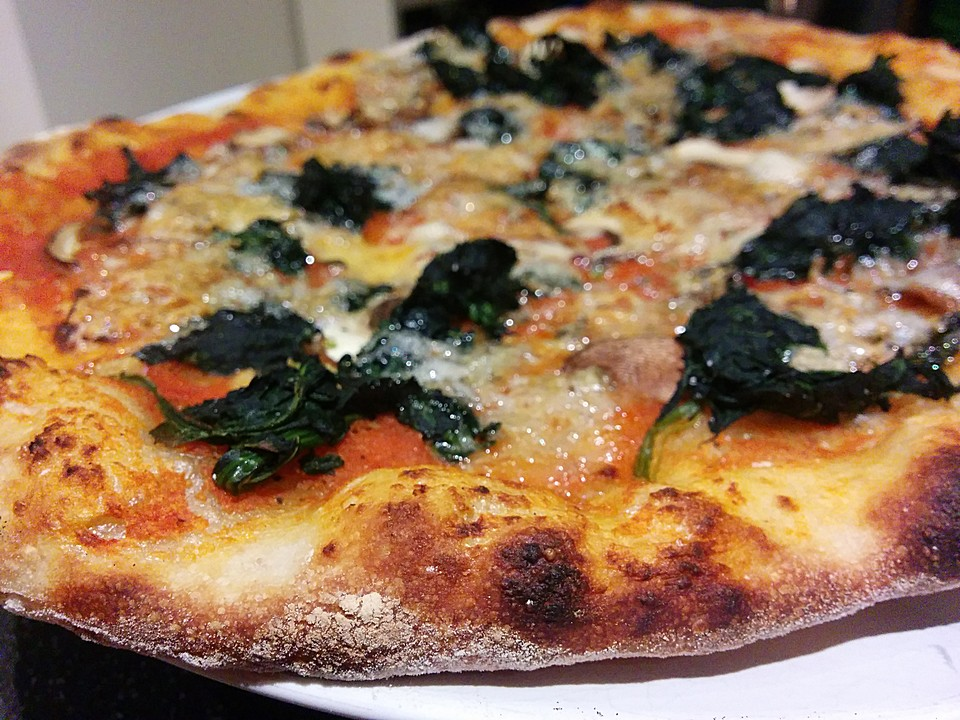 pizza aus sauerteig rezept mit bild von neddee. Black Bedroom Furniture Sets. Home Design Ideas