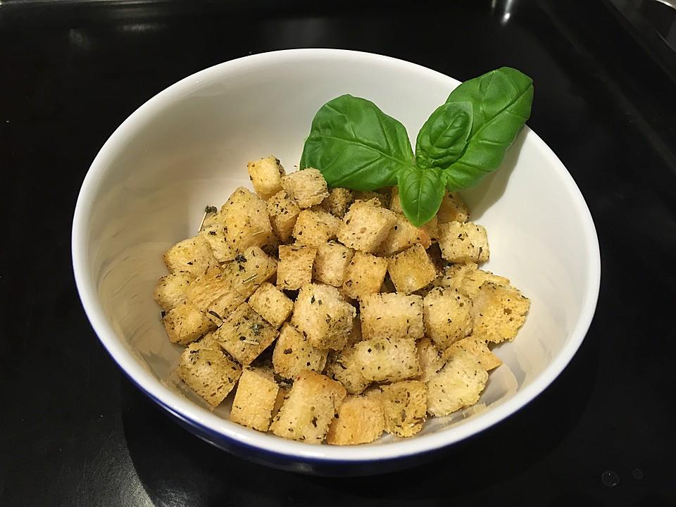 croutons f r salate rezept mit bild von swashplate. Black Bedroom Furniture Sets. Home Design Ideas