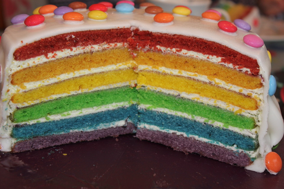 regenbogentorte rainbow cake rezept mit bild. Black Bedroom Furniture Sets. Home Design Ideas