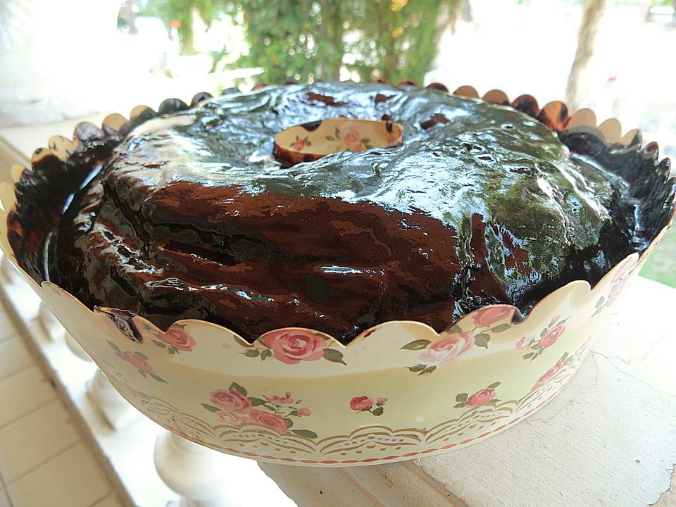 schokoladenkuchen lecker und saftig rezept mit bild. Black Bedroom Furniture Sets. Home Design Ideas