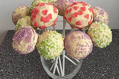 cake pops aus dem cake pop maker von claymore22. Black Bedroom Furniture Sets. Home Design Ideas