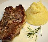 Lammlachs auf Kartoffel-Birnenpüree