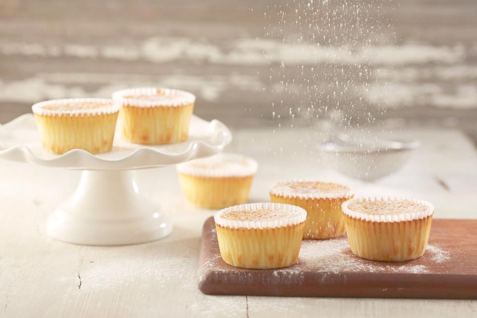 k sekuchen muffins mit frischk se rezept mit bild. Black Bedroom Furniture Sets. Home Design Ideas