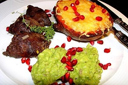 Süßkartoffeln mit Avocado und Granatapfel 2