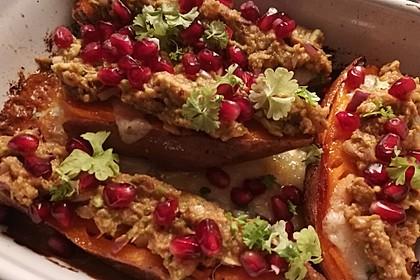 Süßkartoffeln mit Avocado und Granatapfel 37