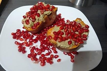 Süßkartoffeln mit Avocado und Granatapfel 28