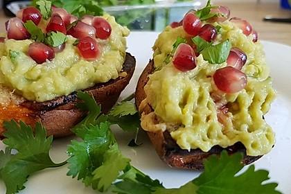 Süßkartoffeln mit Avocado und Granatapfel 23