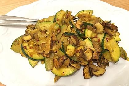 Zucchini-Pilz-Salat 1