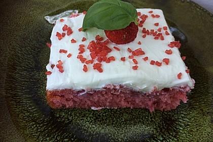 Erdbeer-Blechkuchen mit Cream Cheese Frosting 6
