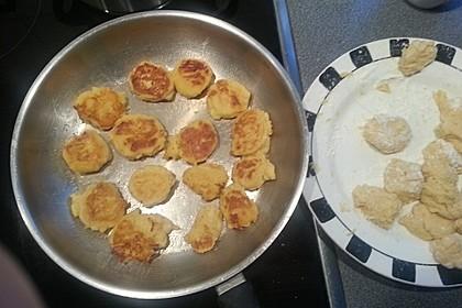 Potato Puffs mit Dip - knusprig-cremige Kartoffelplätzchen 1