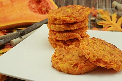 Pumpkin Patties - würzige Kürbis-Puffer 1